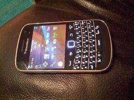 BlackBerry Bold 9900 Touchscreen £40 or best offer
