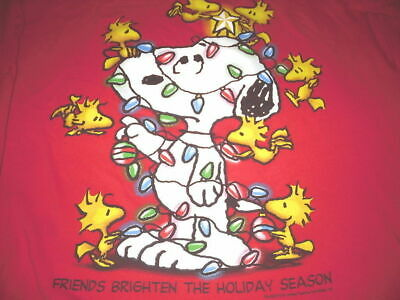 Friends Red T-shirt - Peanuts Snoopy T-Shirt L Large Christmas Friends Brighten The Holiday Season Red