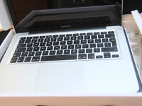 Apple MacBook Pro 13 dual core i5 2 5GHz 4GB 500GB HD MD101B A