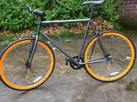 City hybrid bike