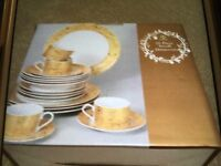 20 Piece Dinner Set with white and Gold Scroll Design