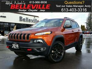 2016 Jeep Cherokee Trailhawk-Safety Tec Group