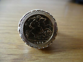 1982 Half Sovereign Ring with 2 Diamonds