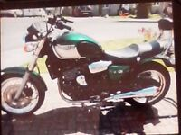 triumph legend tt . 900 cc . 1998 . 17500 org. miles, fantastic condition.mot , all original.