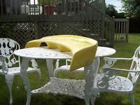 Aileron sport de couleur jaune en fibre de verre