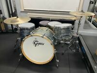 """Gretsch Renown Maple 24"""" (Oyster Pearl) Drum Kit - Sabian Cymbals - Mapex Snare"""