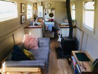 beautiful contemporary narrowboat, London transport links