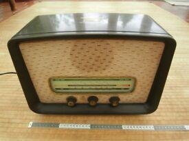 HMV 1131 Valve Radio Bakelite 1950's