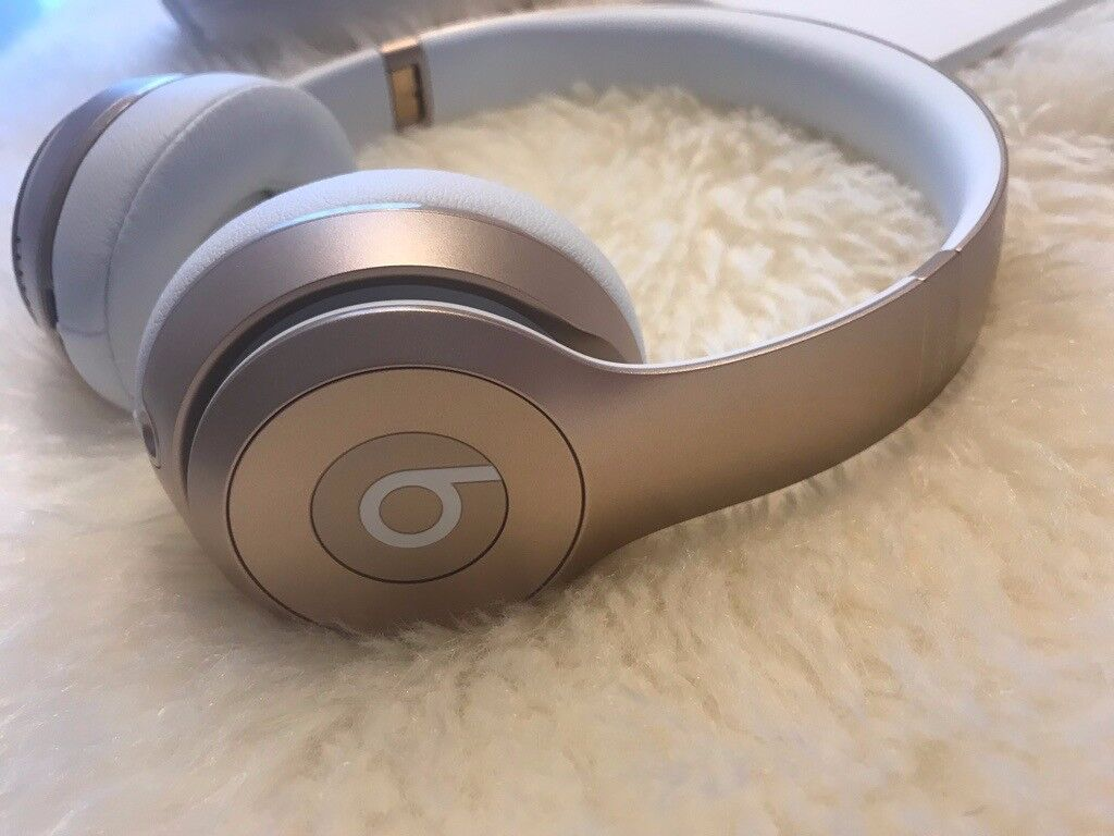 c5081ccae683 Beats Solo3 Wireless On-Ear Headphones - Rose Gold | in London ...