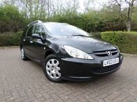 Peugeot 307 sw 1.6 automatic 5 door estate in black. 7 SEATER!! 1 year mot!! 1 former keeper!!