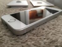Apple iPhone SE 32gb Silver Smartphone Unlocked