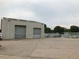 STORAGE UNIT / LOCKUP TO LET IN BURY LANCS ON SECURE INDUSTRIAL PARK