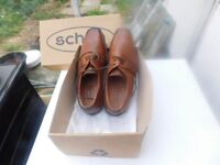 BRAND NEW MENS SHOES LIGHT TAN BY SCHUH SIZE 42 (8) COST £65