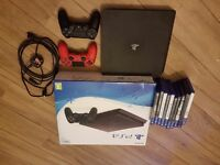 Ps4, 2 controllers and 10 games.
