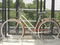 Beautiful Dutch Style 3 speed ladies bike, Serviced