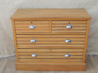 Antique chest of drawers with chrome pull handles (Delivery)