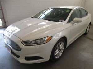 2014 Ford Fusion SE! BACK-UP CAM! ALLOYS! BLUETOOTH!