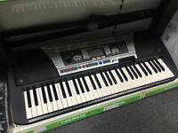 Yamaha PSR 350 Keyboard and stand