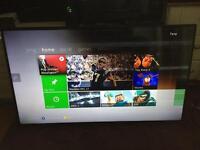 """Panasonic 40"""" 4K Smart 3D TV (Spares or Repair)"""