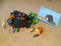 Playmobil triceratops dinosaur set (4170)