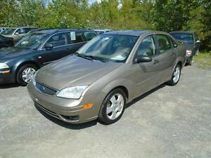 Ford Focus S 2005 CUIR/TOIT OUVRANT 2695$