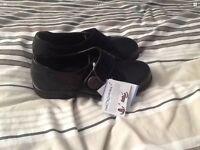 Ladies easyb shoes size 6 brand new