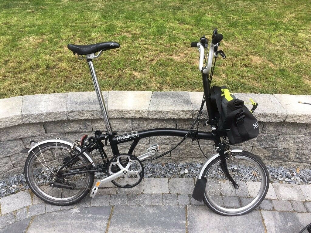 Brompton 6 speed folding bicycle for sale; model Brom M6L 16; Black; collection only