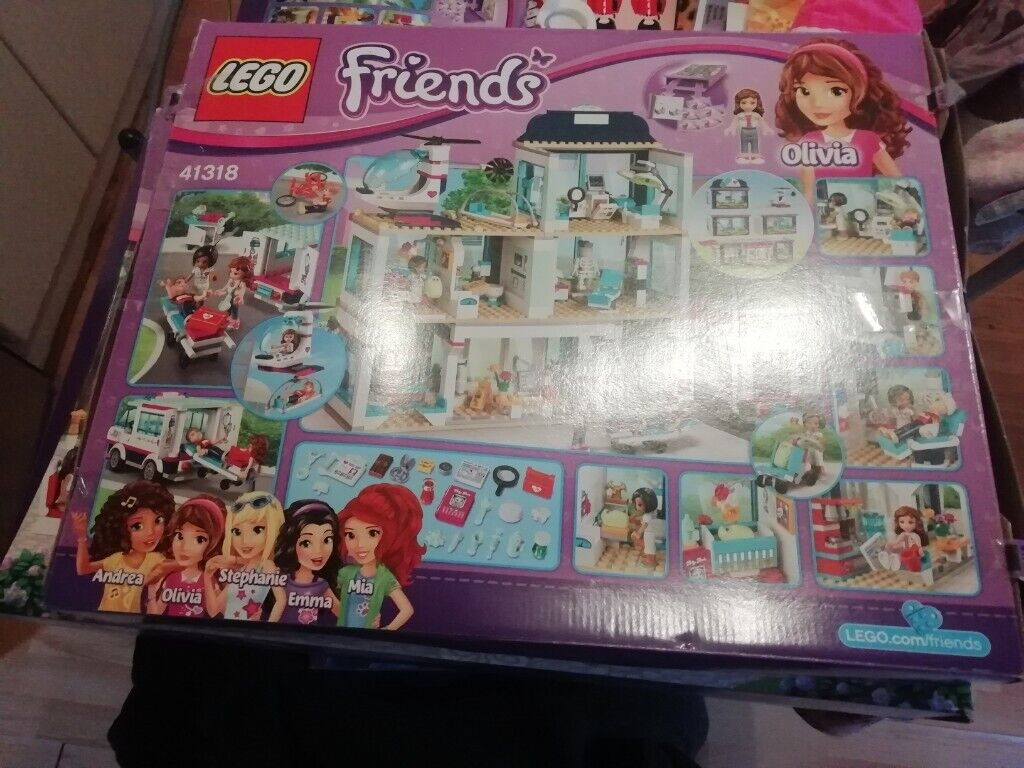 Lego Friends Heartlake Hospital And Amusement Park In Hull East