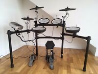 Roland TD-9 electronic drum kit in excellent condition