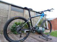 "Scott Scale 30 Carbon Hardtail Mountain Bike 17"" Medium Frame - 27 speed - SID Fork - Commute Road"