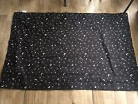 Gro-Anywhere Blackout Blind, Star and Moon Print (Excellent Condition!)