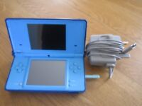 Nintendo DSi console in blue very nice condition + charger all original extra lego star wars case