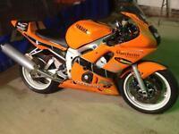 Yamaha R6 track bike road legal 5eb carb 11,278 miles 2001