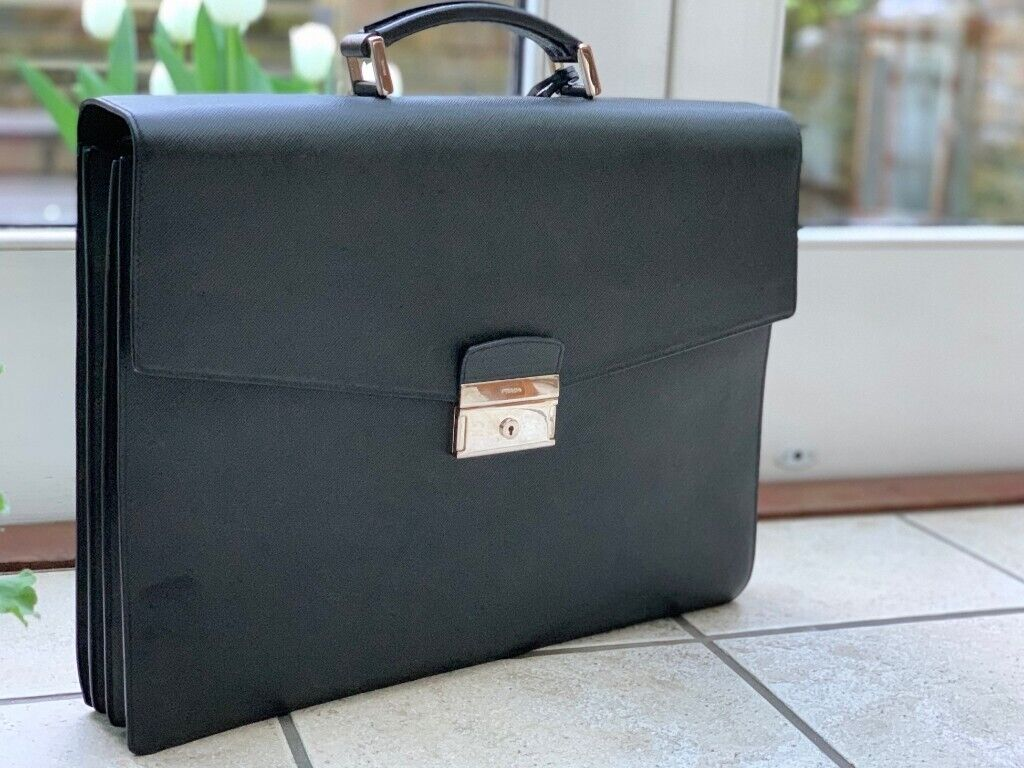46942553e45431 PRADA SAFFIANO Mens Calf Leather Briefcase / Laptop Bag Black V352 053  F00002 00