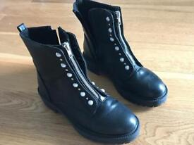 Lovely black pearl and diamanté boots size 5