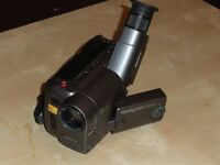 SONY CAMCORDER Model CCD-TRV10E Video 8 PAL