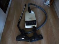 MIELE Electronic vacuum cleaner