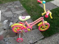 childs bike with stabilizers suit 3 years upwards vgc