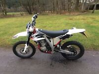 AJP PR5 250cc TRAIL/ENDURO MOTORBIKE 2016 MODEL