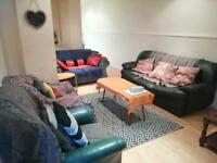Double room available in the heart of the lanes