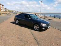 2002 LEXUS SI IN BLACK HALF LEATHER IN GREAT CONDITION FOR THE YEAR VERY CLEAN