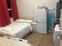 large double room/studio flat to let @ E10 7DY all bills inclusive lea bridge ready to move in now !