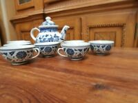 Beautiful Blue and White Teapot with 8 Cups