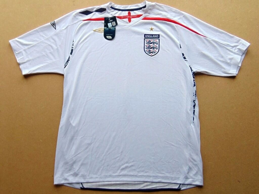 England Football Shirt (XXL) Home 2007 2009 (Brand New With Tabsin Bathgate, West LothianGumtree - For Sale England Football Shirt, Home 2007 2009. Size Adult XXL Brand New With Tabs. A quality garment with Climate Control etc... All I want for it is £5 COLLECTION ONLY ! I am located in Stonetburn, (Near Bathgate) West Lothian, Scotland