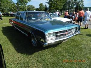 1965 Chrysler 300 4 portes