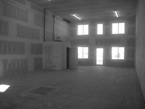 Weyburn SK. Commercial / Industrial Space Forsale and Lease Regina Regina Area image 3