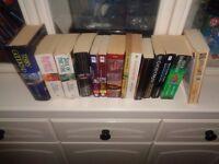 WARHAMMER AND FANTASY BOOKS 14 BOOKS