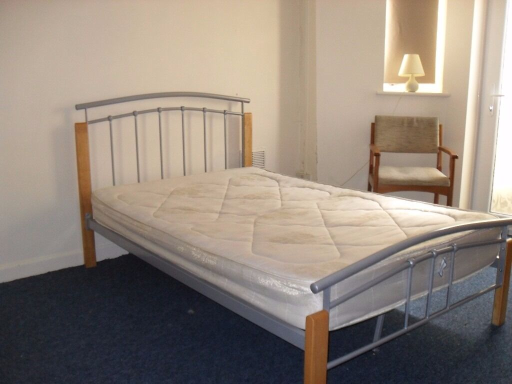 Double Rooms To Rent In Bournemouth