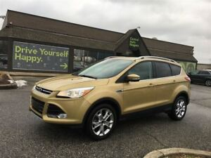 2015 Ford Escape Titanium / NAVIGATION / LEATHER / SUNROOF