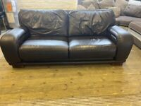 DESIGNER DFS REAL ITALIAN LEATHER SOFA IN EXCELLENT CONDITION VERY COMFY
